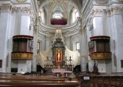 Sant'Agnese - Altare maggiore